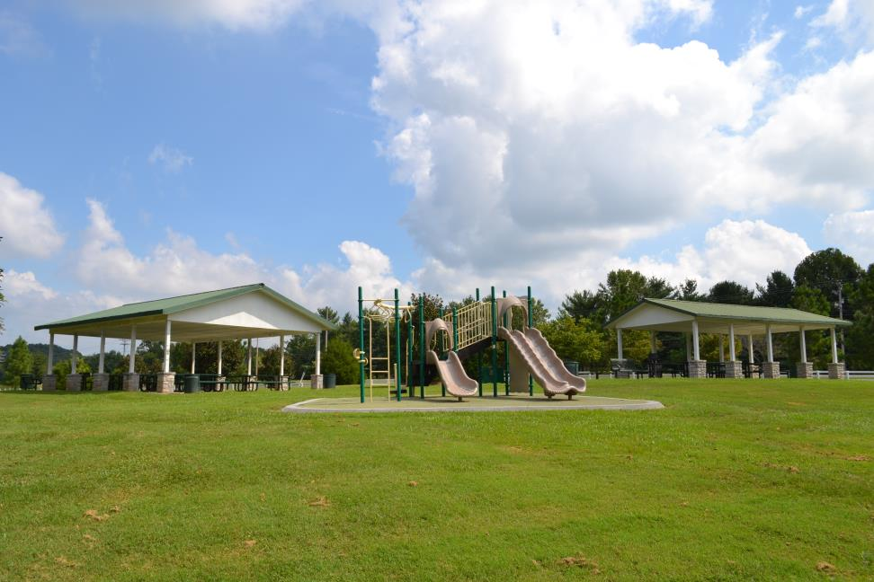 Fieldstone Farms Playground and Pavilions