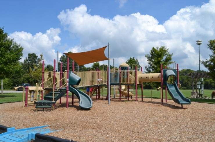 City of Franklin to Re-Open Park Playgrounds